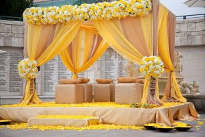 Mehndi Stage Decoration 2019 Pics Pakistani Ideas