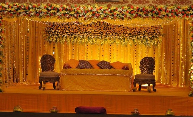 Mehndi Flower Decoration : Mehndi stage decoration pics pakistani ideas
