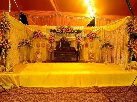 Mehndi Stage Decoration 2019 Pics Pakistani Ideas